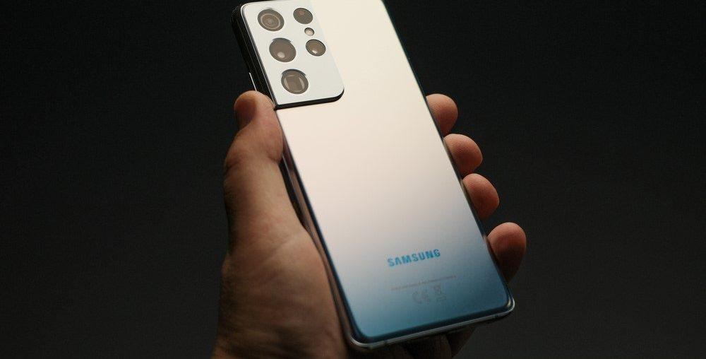Wordt een van deze smartphones jouw nieuwe zakelijke telefoon