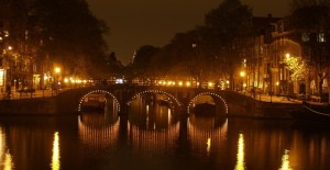 night-in-amsterdam-1-1465250-1600x1200
